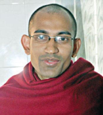 Pragyananda Bhikkhu, Buddhist monk, Ramu Shima Bihar ©Sony Ramany/New Age