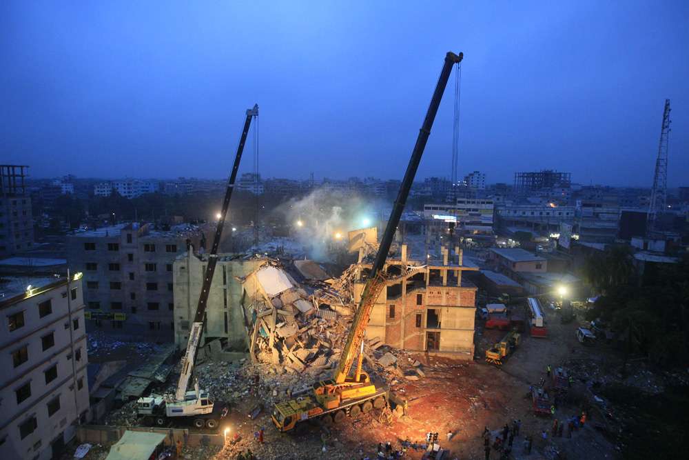 © Sajid Hossain The picture is taken at the early morning of 29 April 2013 from behind the collupse building Rana Plaza. Saver, Dhaka, Bangladesh. Date: 29.04.2013