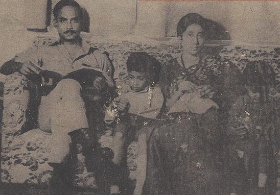 [L to R] Ziaur Rahman, Tarique Rahman, Khaleda ZIa, Arafat Rahman. Photographer: Unknown.