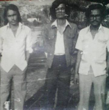 Humayun Faridi with Anu Muhammad (and Manju) in 1975